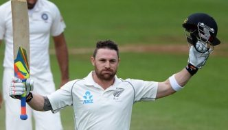 highest sixes in Test matches McCullum