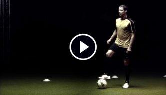 [Video] Cristiano Ronaldo Scores in Complete Darkness as Part of Scientific Test!